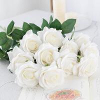 手感保湿仿真玫瑰花束手捧花客厅插花单只装饰花摆设餐桌花艺摆件