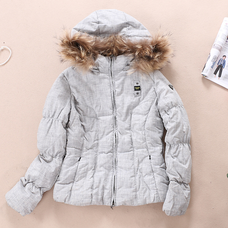 清仓 一件 冬季女款羽绒服 WB151 一般在付款后3-90天左右发货,具体发货时间请以与客服协商的时间为准