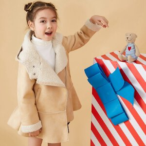 【2件2.5折到手价:】美特斯邦威旗下moomoo童装女童麂皮绒长款大裙摆中大童冬季时尚拉链连帽外套