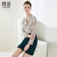 颜域品牌女装2018夏季装新款时尚简约印花上衣飘带领设计减龄衬衫
