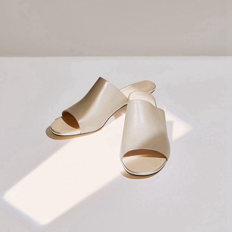 【1件2.5折到手价:54.8】牛皮MECITY女装新款时尚舒适金属高跟拖鞋 美特斯邦威超品日,千款限时1件2.5折,还能叠券!