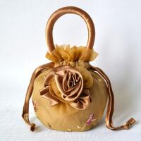 民族风女包手提布艺包包蕾丝绣花刺绣晚宴手拎迷你化妆零钱小布包