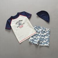 儿童泳衣男童鲨鱼泳衣裤套装男孩小童防晒游泳衣韩版宝宝送帽 米白色 鲨鱼
