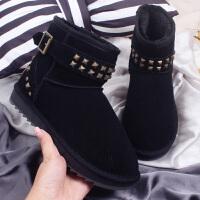 新品雪地靴女短筒靴秋冬季时尚铆钉靴加厚保暖棉鞋