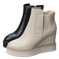 欧洲站米白色马丁靴子2018秋冬新款真皮坡跟短靴百搭厚底女踝靴潮