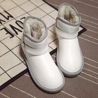 面包鞋冬天白色雪地靴皮面防滑防水东北雪地棉女短筒2018新款短靴