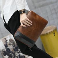 男士手包男潮韩版新款时尚手拿包大容量休闲疯马皮手抓信封包男 咖啡色