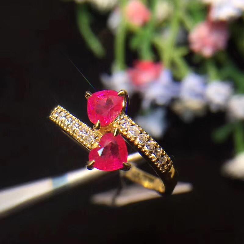天然缅甸红宝石戒指,经典镶嵌,多角度爆闪
