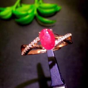 纯天然缅甸红宝石戒指,鸽血红