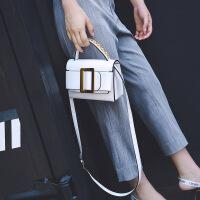 代代花枳女士包包2017秋季新款欧美时尚复古小方包皮带装饰手提单肩斜挎包