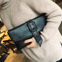 女包手拿包2018韩版新款女包包潮铆钉信封包大容量链条斜挎包手包SN3604 黑色
