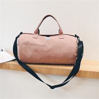短途旅行包女手提圆筒行李包韩版大容量简约旅行袋轻便健身包 粉色 大