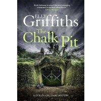 英文原版 The Chalk Pit (The Dr Ruth Galloway Mysteries) 全英文版小说 E