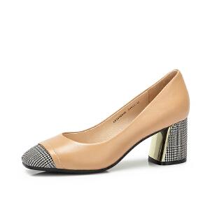 骆驼女鞋 新款秋季时尚街拍摩登格子 真皮粗跟个性浅口单鞋女