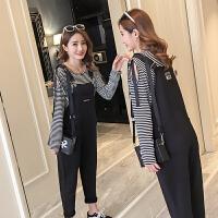 2018春装新款孕妇装韩版打底背带裤两件套宽松孕妇裤潮妈条纹