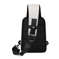 新款胸包男士斜挎包防盗单肩包潮斜跨胸前包休闲背包耳机