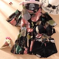 泳衣大码女一字肩胖mm三件套吊带宽松温泉印花裙式纱遮肉 黑色 粉花