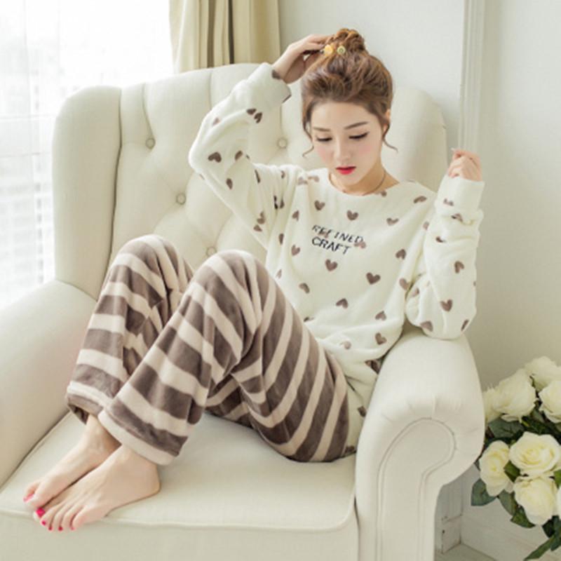 睡衣女冬韩版条纹家居服加厚保暖套装珊瑚绒圆领可爱两件套