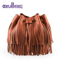 依思q春秋新款流苏纯色水桶包时尚抽带单肩女士包包
