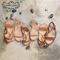 玛菲玛图新款凉鞋女夏平底软妹波西米亚风绑带厚底chic鞋子复古罗马鞋M198180882T2