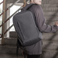 商�招蓍e�p肩包防��水包14寸��X包 新款英��背包男�r尚百搭��包旅行包