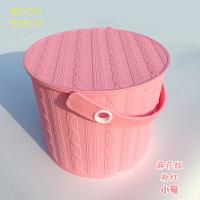 加厚塑料收纳桶带盖可坐洗澡凳手提玩具储物桶大号钓鱼桶洗车水桶 炫粉红 麻花纹 圆形小号