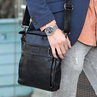 男单肩包时尚 斜挎包 休闲韩版 包 旅行潮包男式背包