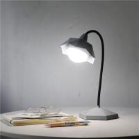 USB充电LED台灯护眼学习学生宿舍阅读写字小台灯可调光床头灯便携