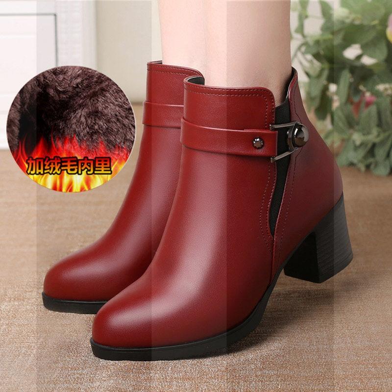 冬季妈妈鞋棉鞋中年女靴皮鞋真皮防滑中跟短靴加绒保暖中老年女鞋SN8780