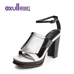 依思q夏新款凉鞋女时尚拼色粗跟搭扣流苏高跟女鞋