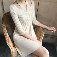 针织连衣裙女2018新款女装春装心机性感一字领露肩挂脖中裙A字裙