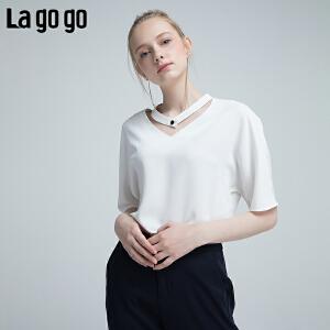 【清仓3折价89.7】Lagogo/拉谷谷2019夏季新款v领T恤 上衣女小清新HASS334M13