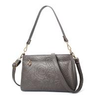 中老年女包小包包单肩斜挎包新款中年时尚小方包手提包妈妈包