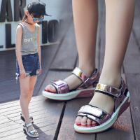 儿童凉鞋 女童韩版新款童鞋时尚女童凉鞋厚底亮皮休闲沙滩凉鞋