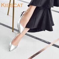 接吻猫2017春季简约舒适牛皮尖头低跟浅口单鞋DA87105-52