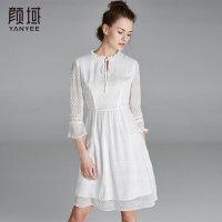 颜域品牌女装2018夏季装新款简约喇叭袖减龄纯色木耳边收腰连衣裙