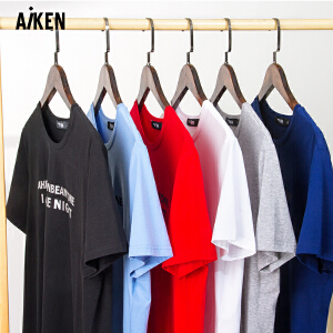 森马旗下Aiken短袖T恤男生夏季学生红色半袖黑字母印花简约体恤青年潮