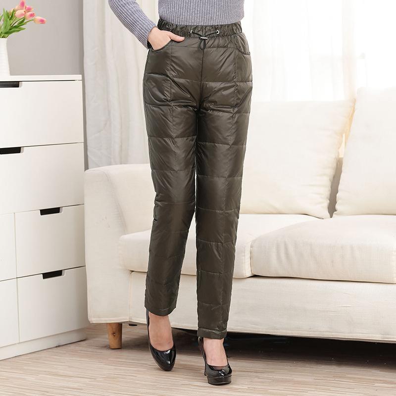 妈妈装羽绒裤女中年内外穿高腰加厚加肥加大男女冬季长裤反季 发货周期:一般在付款后2-90天左右发货,具体发货时间请以与客服协商的时间为准