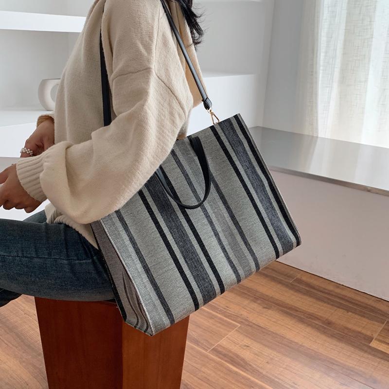 大包女2019新款女包大容量简约单肩手提包