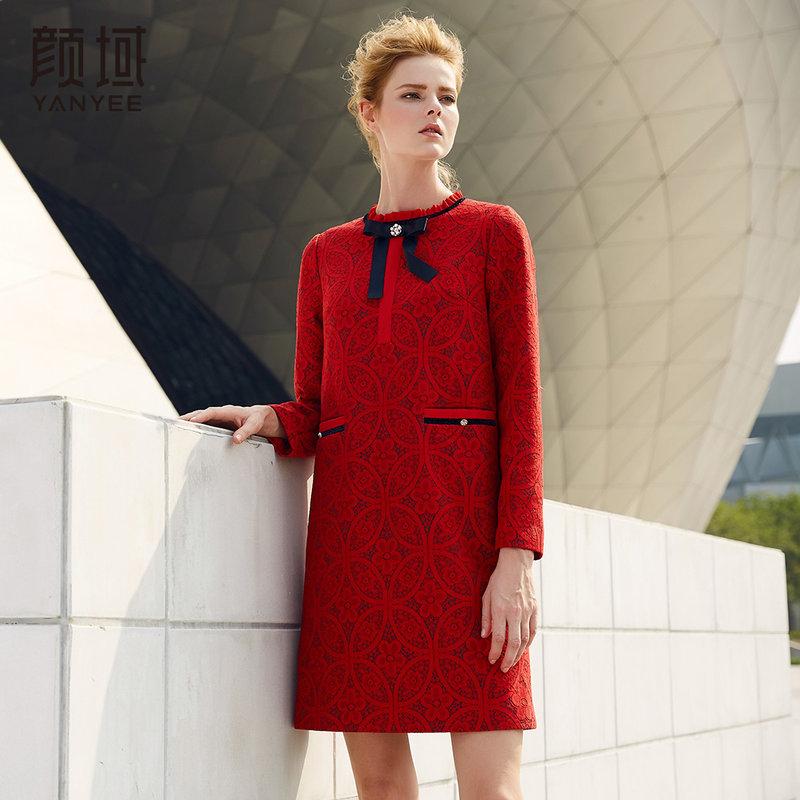 颜域品牌女装2017新款冬季裙子修身中长款系带红色长袖蕾丝连衣裙复合蕾丝面料,垂感好,手感舒适