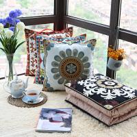 绣花靠垫被汽车用沙发办公室靠枕被空调被棉抱枕被子两用加大