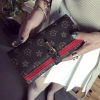钱包女长款新款韩版潮日韩个性百搭折叠搭扣钱夹小手包手拿包