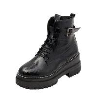 WARORWAR新品YM147-K58秋冬休闲平底舒适女士短靴马丁靴