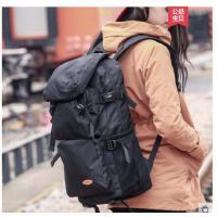 �p肩包男大容量旅行防水休�e��X��包包背包�n版女旅游登山包�敉�