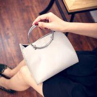 时尚韩版简约潮包韩铁环小包女包手提包单肩包斜挎包 灰色