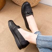 春秋舒适妈妈鞋单鞋软底中老年皮鞋中年平底防滑老人奶奶鞋女 黑色