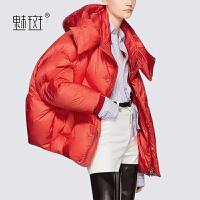 【新年狂欢到手价:819】魅斑欧货新款宽松Polo领羽绒服女短款2019新款冬季面包服短外套潮