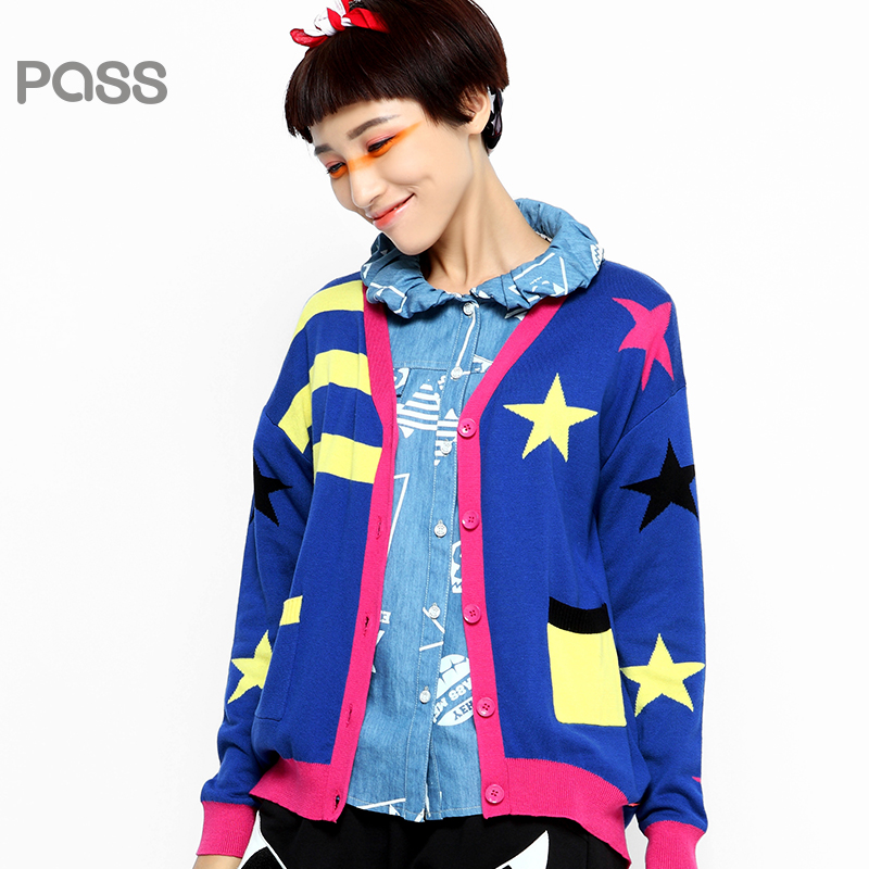 【不退不换】PASS原创潮牌秋装 星星条纹撞色长袖V领针织毛衣女6530413012