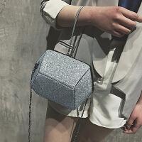 小包包女2018新款时尚韩版单肩斜挎手提包ins超火链条亮片小方包