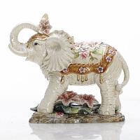 翘鼻象陶瓷百合大象象工艺品摆件动物家庭客厅装饰品大号开业礼品